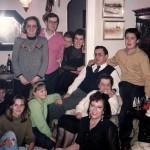 Abajo a la izquierda Monica con parte de la familia Taracido