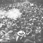 Santiago Mariñas, el abuelo de Francisco en una manifestacion
